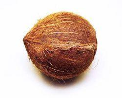 Hausmittel wie Kokosnüsse könnne die Zähne heller machen.