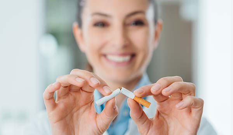 Loch im Zahnfleisch Nikotin